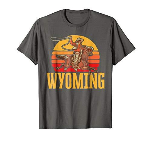 (Wyoming Retro Roping Cowboy Vintage Graphic Tee Shirt)