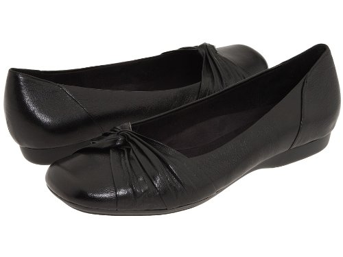 Clarks Women's Chateau Manor Flat,Black Leather,5.5 M US
