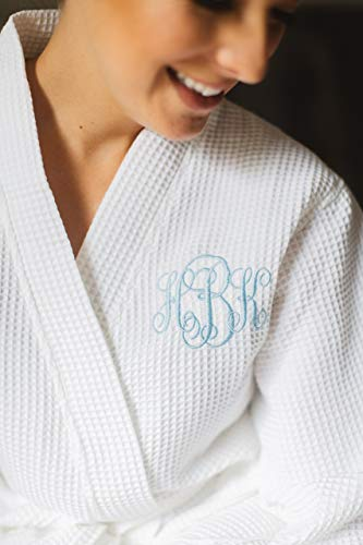 (Wedding Gift - Personalized Embroidered Short Kimono Waffle Weave Robe, Wedding Robe, Bridal Robe, Bridesmaid Robe, Flower Girl Robe, Bridesmaid Gift, Bridal Shower Gift, Mother of the Bride)