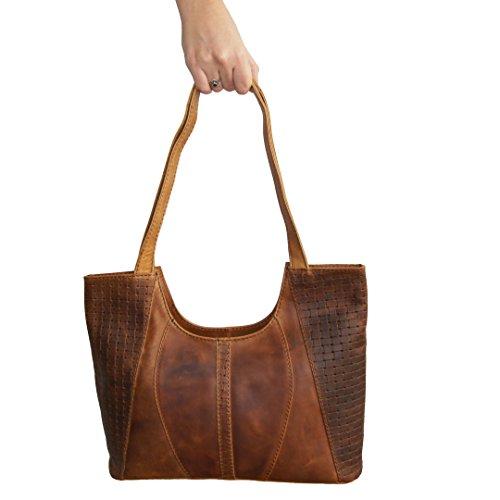 Handtasche PASSIFLORA für Damen aus braunem Bio-Woven Leder im Set mit Lederpflege - MANDY von MALTZAHN