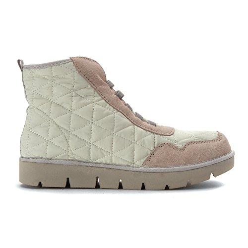 Mia Kvinners Terran Mote Sneaker Hvit