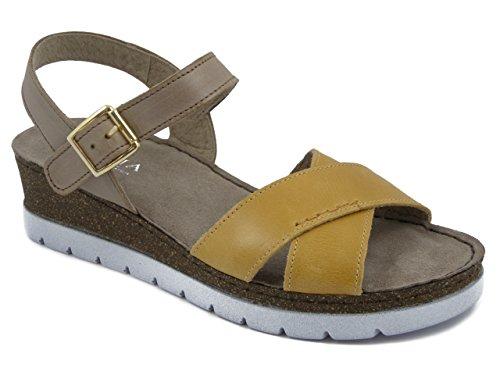 Atema, Sandalo in pelle colore giallo/cuoio, zeppa 4cm., 10050C e17