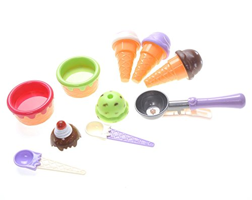 Strawberry Shortcake Treat Pail (Ice Cream Scoop and Cones Toy Pretend Playset)