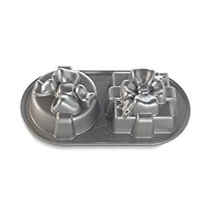 Amazoncom Nordic Ware Platinum Cozy Village Baking Pan