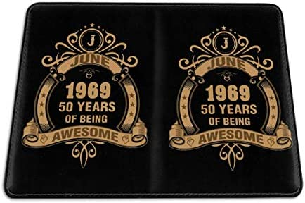 June 1969 50 Years Of Being Awesome パスポートケース メンズ レディース パスポートカバー パスポートバッグ 携帯便利 シンプル ポーチ 5.5インチ PUレザー スキミング防止 安全な海外旅行用 小型 軽便