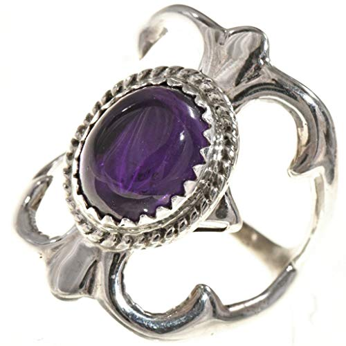 (Ladies Amethyst Silver Navajo Ring Old Pawn Sandcast Pattern)