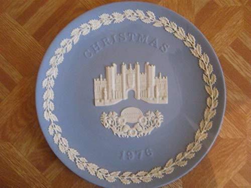 WEDGWOOD BLUE AND WHITE JASPERWARE CHRISTMAS PLATE FOR 1976