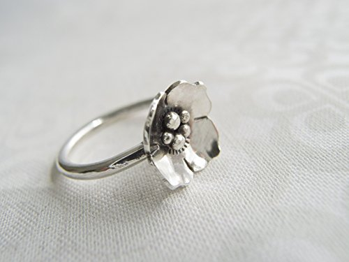 (Sterling Silver Dogwood Flower Statement Ring)