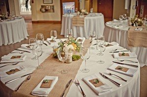 Merveilleux Burlap Table Runners: Rustic Weddings Or Events 102x15 Inch Jute Burlap Table  Runner For Country