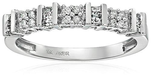 10K White Gold Diamond Anniversary Ring (1/6 cttw), Size 6