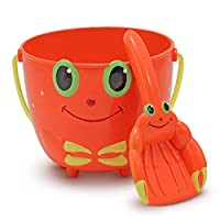 Melissa & Doug Sunny Patch Clicker Crab Sand Pail and Shovel, Great Gift for Girls and Boys - Best for 2, 3, 4, and 5 Year Olds