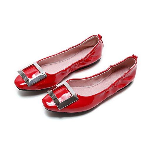 AllhqFashion Damen Quadratisch Zehe Ohne Absatz Lackleder Eingelegt Ziehen auf Flache Schuhe Rot