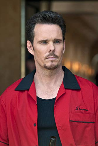 - Kevin Dillon 24x18 Poster Red Jacket Entourage Star