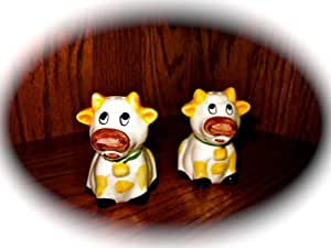 """Set of Ceramic Cow (w/cow bell) Salt & Pepper Shakers (Approx 3"""" tall)"""