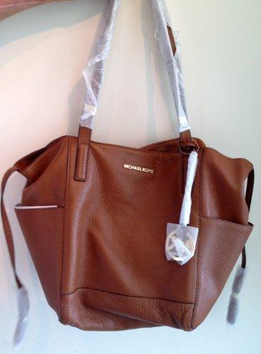 db72b3a389 Amazon.com  Michael Kors M K Ashbury Large Hobo Grab Luggage Brown Bag NEW   Shoes