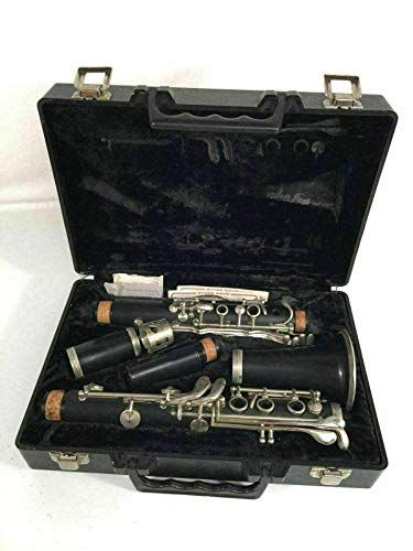 Artley Clarinet In Hard Shell Case
