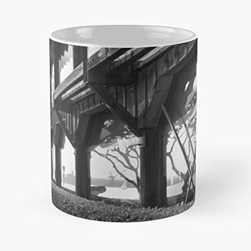 Seaport Village San Diego Reflection Building - Handmade Funny 11oz Mug Best Birthday Gifts For Men Women Friends Work Great Holidays Day Gift ()