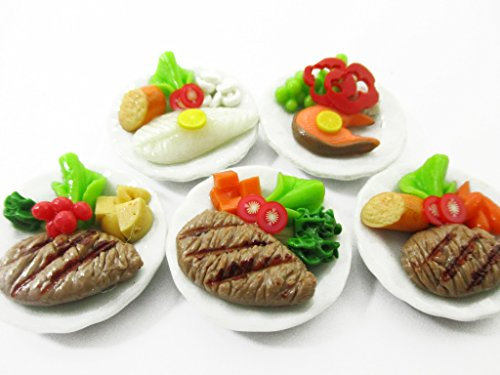 Dollhouse Miniature Food Mixed Assorted 5 Steak On Ceramic 25 mm Plate 13814
