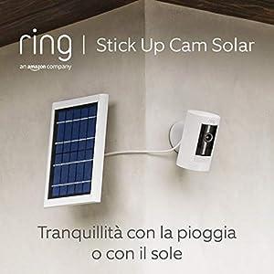 Ring Stick Up Cam Solar, videocamera di sicurezza in HD, con comunicazione bidirezionale, bianca, compatibile con Alexa
