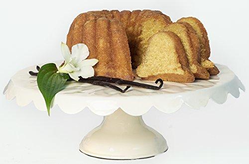 16oz Vanilla Lighthouse Rum Cake