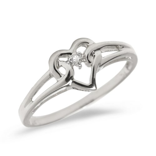 (10K White Gold Diamond Heart Ring )