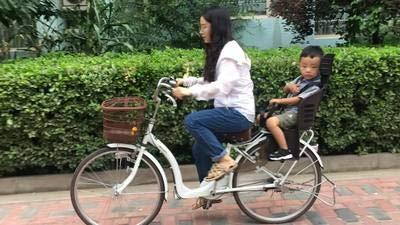 ヘルメットの露出を送信するためにMTB自転車チャイルドシート電気自動車の赤ちゃんの安全多機能リアチャイルドシート   B07S1GD858
