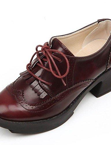 ZQ hug Zapatos de mujer - Tacón Bajo - Comfort - Planos - Exterior / Oficina y Trabajo / Vestido / Casual - Cuero Patentado -Negro / Bronceado / , brown-us9 / eu40 / uk7 / cn41 , brown-us9 / eu40 / uk black-us6.5-7 / eu37 / uk4.5-5 / cn37