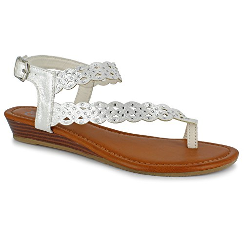 Daisy Fuentes Vegan Giselle Sandal – Metallic Upper, Studded, Low Wedge ()