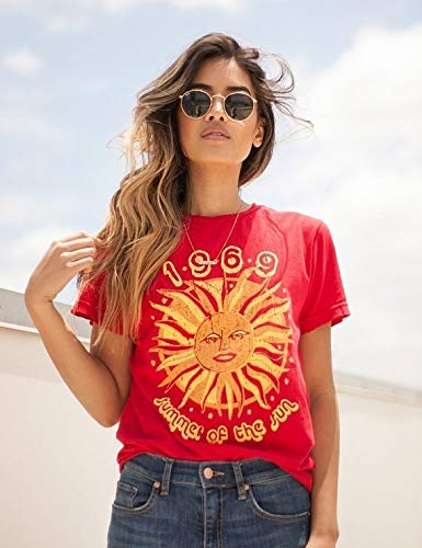 (Hylong 1969 Summer of The Sun Graphic T-Shirt Women 70s Vintage Fashion Tee Casual Short Sleeve Shirt Hipsters Red XL)
