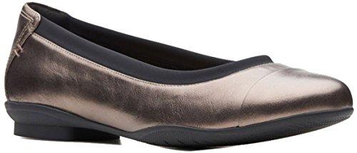 CLARKS Women's Neenah Garden Ballet Flat Pebble Metallic Leather 080 M US (Metallic Flats Ballet Leather)