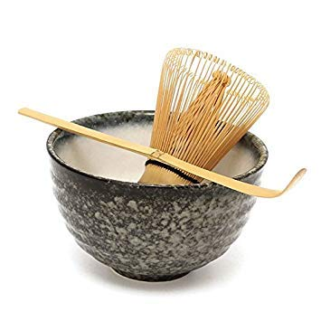 HomeRetail Matcha Ceramic Bowl Bamboo Scoop Japanese Tea ware   3Pcs Sets