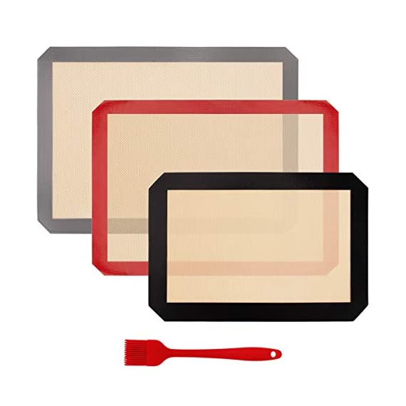 HANTAJANSS Silicone Baking Mat Set of 4, Half Sheets Cooking Macaron Pastry Mats, Professional Non-Stick Large Liner 11 5/8 ×16 1/2 1 THE PERFECT HELPER FOR BAKING: HANTAJANSS Bake mat set of 4 includes 3 most popular daily-use size baking sheets and a bonus oil brush. Solving all baking problems in this time! HIGH-TEMPERATURE RESISTANCE: Oven-safe -45 degrees F up to 480 degrees F! High-quality silicone distribute heat evenly along with the entire baking sheet. NON-STICK: Oil free. Fits half-sheet size pans. Bake food like a professional chef in your own home. No scorching food stick on the baking tray.