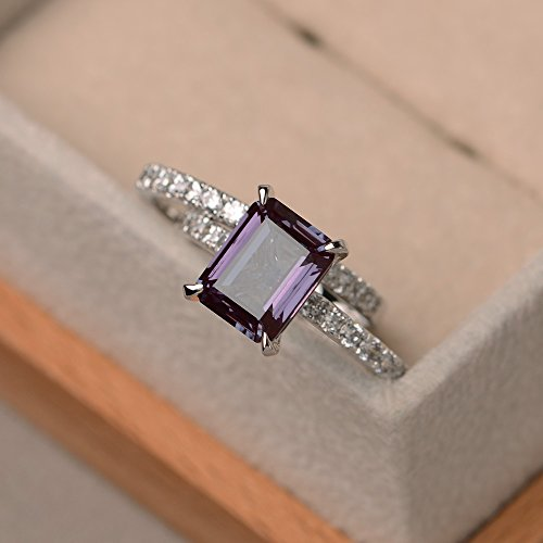 (Lab Created Emerald Cut Alexandrite Stacking Rings For Women Handmade Jewelry)