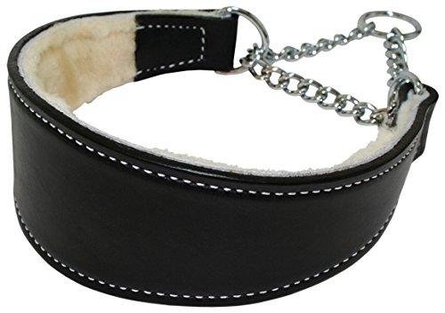 Sheepskin lined leather dog collar