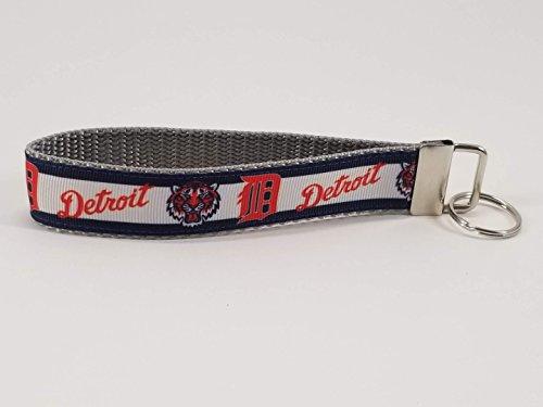 - detroit tigers wristlet Keychain