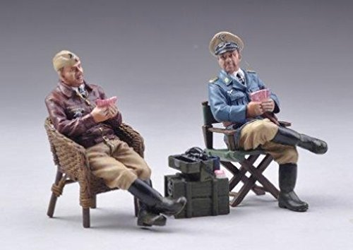 Thomas Gunn Miniatures LUFT019B German Luftwaffe Officers Playing Cards - Desert