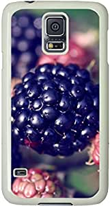 Galaxy S5 Case, Galaxy S5 Cases - Compatible With Samsung Galaxy S5 SV i9600 - Samsung Galaxy S5 Case Durable Protective Case for White Cover Berries Plants