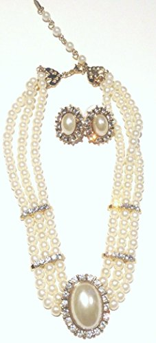 Three Strand Ivory Pearl Sparkling Crystals Short Chain Necklace Earrings