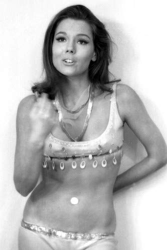 Diana Rigg in The Avengers Exotic Belly Dancer Costume Sexy Pin Up 24x36 Poster from Silverscreen
