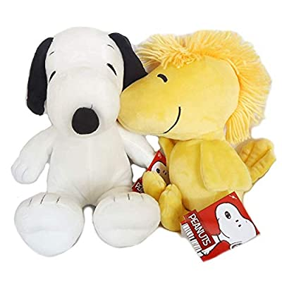 Set of 4 Kohl's Cares Snoopy, Charlie Brown, Lucy & Woodstock Plus: Toys & Games