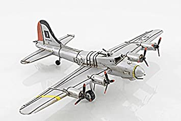 8f9bf1a1d36 Amazon.com   B-17 Flying Fortress Bomber Metal Desk Model 12