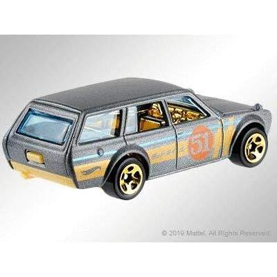 Hot Wheels 51st Anniversary Satin & Chrome Series 1971 Datsun 510 Wagon 1/64 Diecast Car: Toys & Games