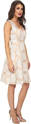 Nine West Women's Sleeveless V-Neck Fit and Flare Dress, Chai/White, 8