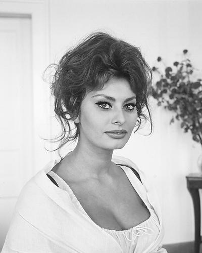 Moviestore Sophia Loren 25x20cm Schwarzweiß-Foto