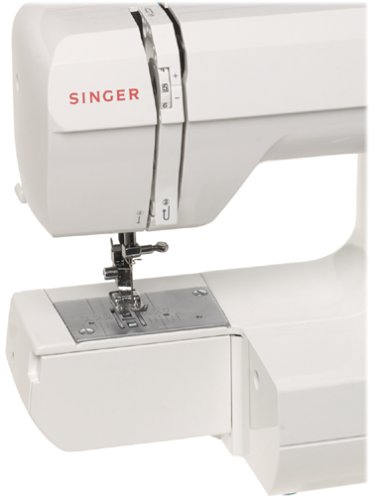 amazon com singer 132 featherweight compact efficiency sewing machine rh amazon com Singer Featherweight Cabinet Singer Featherweight Sewing Machine