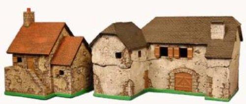 Eurovillage Series 15mm Farmhouse Set