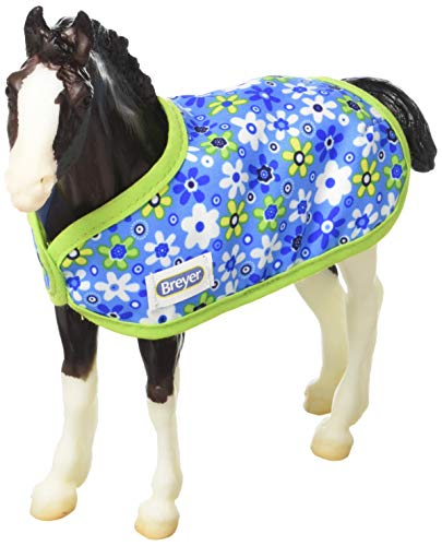 Breyer Traditional Shadow - Foal Horse Toy Model with Friendship Bracelet (1: 9 Scale), Multicolor