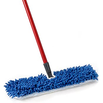 O-Cedar This Flip Mop Features a Head That Is Double Sided Microfiber & Chenille for Wet and Dry Cleaning o Dedar