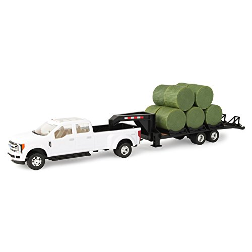 1/32 Ford F-350 Dually Pick Up with Trailer and Bales