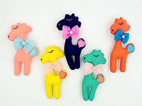 - 38 yuan handmade cloth embroidered cloth giraffe children brooch bow brooch accessories 316
